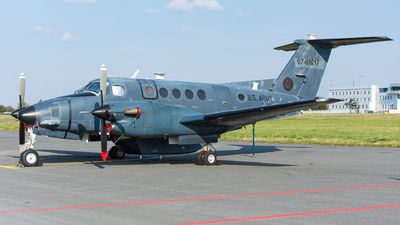 07-61017 - Beechcraft 300LW Super King Air - United States - US Army