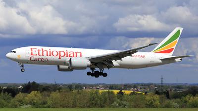 A picture of ETAWE - Boeing 777F - Ethiopian Airlines - © Helmut Schnichels