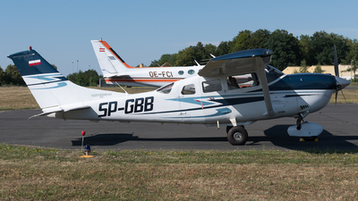 SP-GBB - Cessna T206H Stationair TC - Private