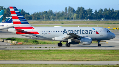 A picture of N762US - Airbus A319112 - American Airlines - © Chung Kwok