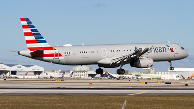 A picture of N913US - Airbus A321231 - American Airlines - © Jeremy D. Dando