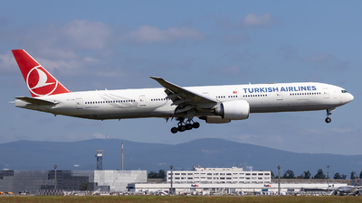 A picture of TCJJK - Boeing 7773F2(ER) - Turkish Airlines - © Markus Schwab