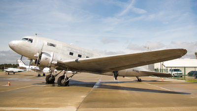 N173RD - Douglas DC-3C - Private