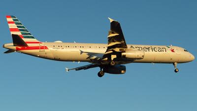 N974UY - Airbus A321-231 - American Airlines