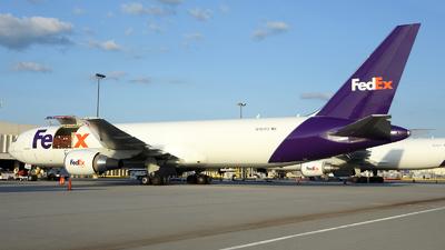 A picture of N167FE - Boeing 7673S2F(ER) - FedEx - © Agustin Anaya