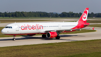 D-ABCF - Airbus A321-211 - Air Berlin