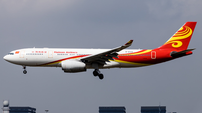 A picture of B6519 - Airbus A330243 - Hainan Airlines - © O.Shotaro