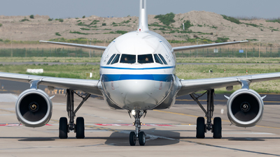 B-1879 - Airbus A321-232 - Air China