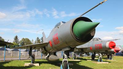 1809 - Mikoyan-Gurevich MiG-21PF Fishbed - Poland - Air Force