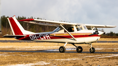 OH-CVA - Cessna 150F - Private