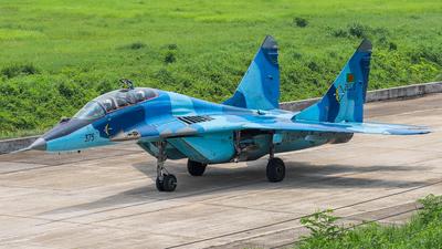 28375 - Mikoyan-Gurevich MiG-29UB Fulcrum - Bangladesh - Air Force