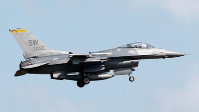 00-6035 - Lockheed Martin F-16C Fighting Falcon - United States - US Air Force (USAF)