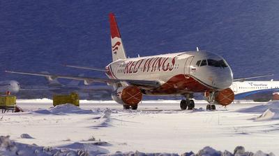 RA-89021 - Sukhoi Superjet 100-95B - Red Wings