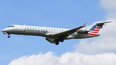 A picture of N535EA - Bombardier CRJ702ER - American Airlines - © Evan Dougherty