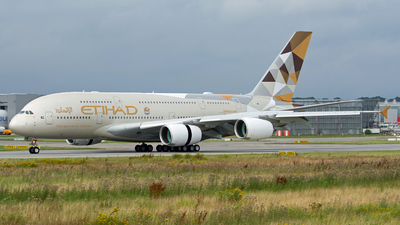 F-WWAZ - Airbus A380-861 - Etihad Airways