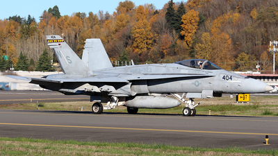 165407 - McDonnell Douglas F/A-18C Hornet - United States - US Marine Corps (USMC)