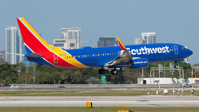 N8692F - Boeing 737-8H4 - Southwest Airlines