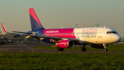 A picture of HALSC - Airbus A320232 - Wizz Air - © Oleksandr Naumenko