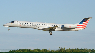 N694AE - Embraer ERJ-145LR - American Eagle (Envoy Air)