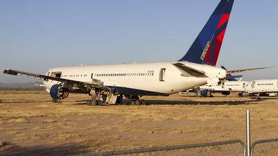A picture of N124DE - Boeing 767332 - [23438] - © Jeremy D. Dando