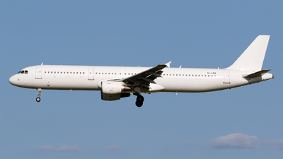 YL-LDA - Airbus A321-211 - SmartLynx Airlines