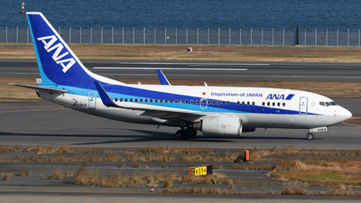 A picture of JA03AN - Boeing 737781 - All Nippon Airways - © Yoshio Yamagishi