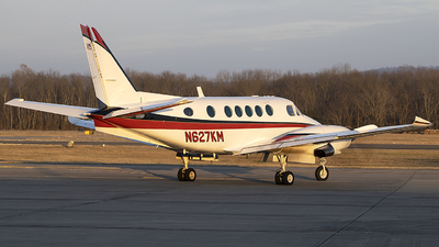 N627KM - Beechcraft 100 King Air - Private