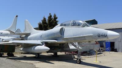 154332 - Douglas TA-4J Skyhawk - United States - US Navy (USN)