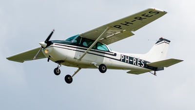 PH-RES - Reims-Cessna F172N Skyhawk II - Sand Air