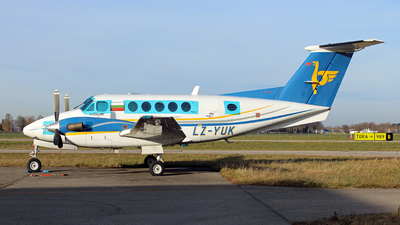 LZ-YUK - Beechcraft 200 Super King Air - Air Lazur-General Aviation