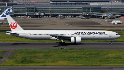 JA738J - Boeing 777-346ER - Japan Airlines (JAL)