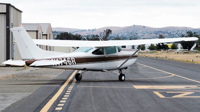 N1746R - Cessna R182 Skylane RG - Private