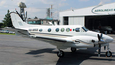 XB-MKR - Beechcraft C90 King Air - Private