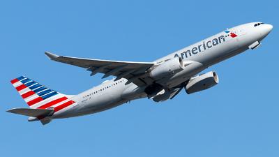 N293AY - Airbus A330-243 - American Airlines