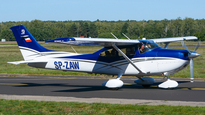 SP-ZAW - Cessna 182T Skylane - Private