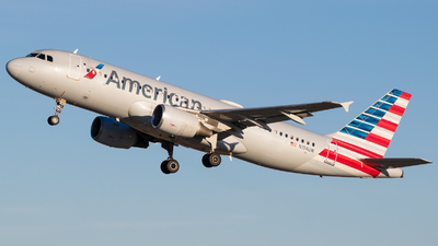 A picture of N104UW - Airbus A320214 - American Airlines - © Positive Rate Photography