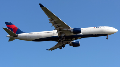 A picture of N806NW - Airbus A330323 - Delta Air Lines - © Sebastian Thiel