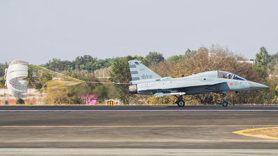 KH3002 - Hindustan Aeronautics LCA Tejas Navy - India - Navy