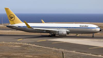 A picture of DABUM - Boeing 76731B(ER) - Condor - © Manu Aldana