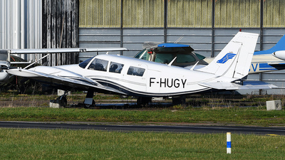 F-HUGY - Piper PA-34-200 Seneca - Private