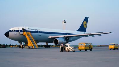 D-AIBB - Airbus A300B4-203 - Lufthansa