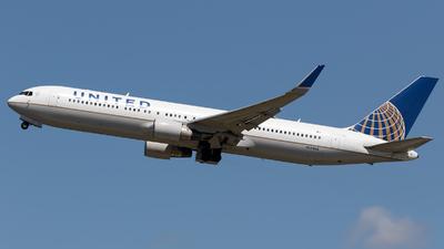 N664UA - Boeing 767-322(ER) - United Airlines