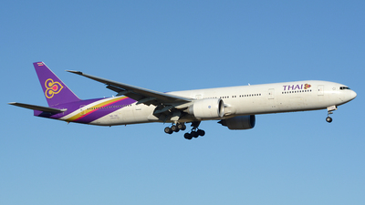 HS-TKL - Boeing 777-3ALER - Thai Airways International
