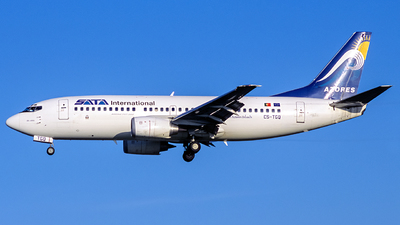 CS-TGQ - Boeing 737-36N - SATA International