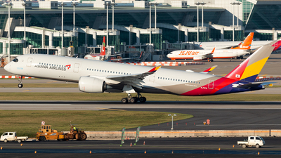 A picture of HL7579 - Airbus A350941 - Asiana Airlines - © Min Jun Kim