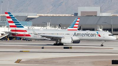 N187AN - Boeing 757-223 - American Airlines