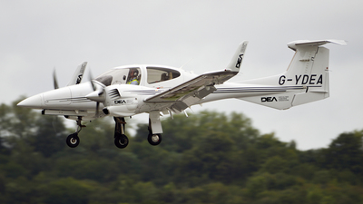 G-YDEA - Diamond DA-42 Twin Star - Diamond Aircraft Industries