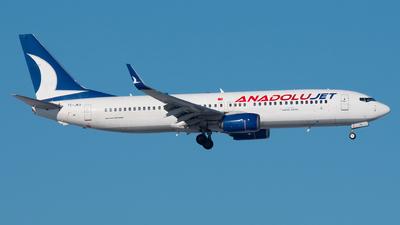 A picture of TCJKV - Boeing 7378Q8 - Turkish Airlines - © Ricardo de Vries