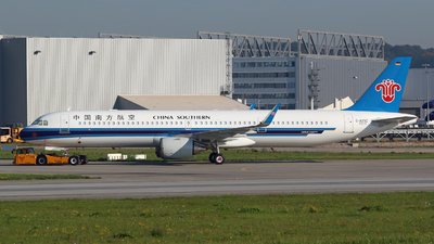 D-AVXC - Airbus A321-253NX - China Southern Airlines