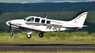 PR-DCS - Beechcraft 58 Baron - Private